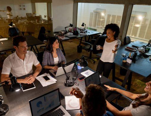 jovens líderes no mercado de trabalho